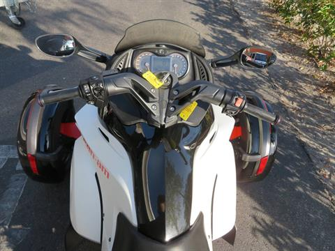 2014 Can-Am Spyder® RS-S SM5 in Sanford, Florida - Photo 24