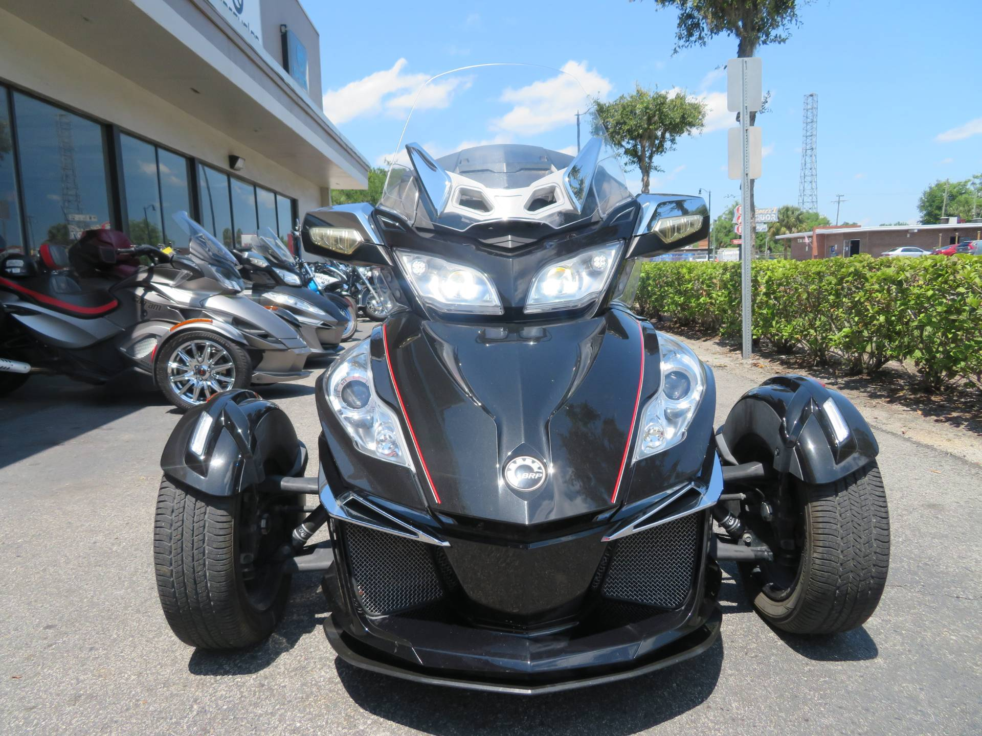 2015 Can-Am Spyder® RT Limited in Sanford, Florida - Photo 4