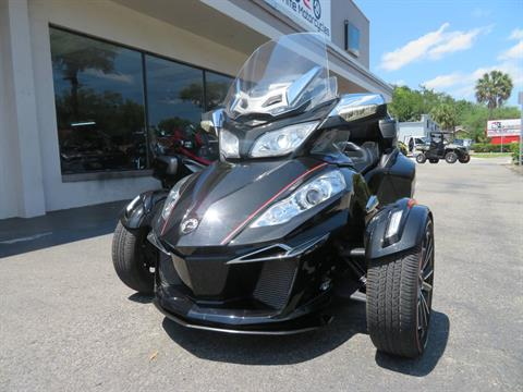 2015 Can-Am Spyder® RT Limited in Sanford, Florida - Photo 5
