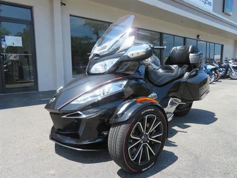 2015 Can-Am Spyder® RT Limited in Sanford, Florida - Photo 6