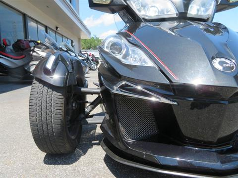 2015 Can-Am Spyder® RT Limited in Sanford, Florida - Photo 15