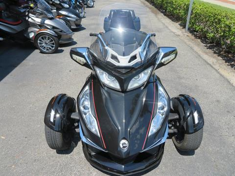 2015 Can-Am Spyder® RT Limited in Sanford, Florida - Photo 18