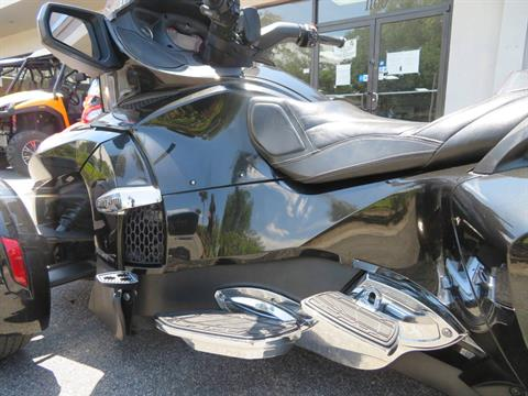 2015 Can-Am Spyder® RT Limited in Sanford, Florida - Photo 22