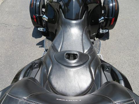 2015 Can-Am Spyder® RT Limited in Sanford, Florida - Photo 26