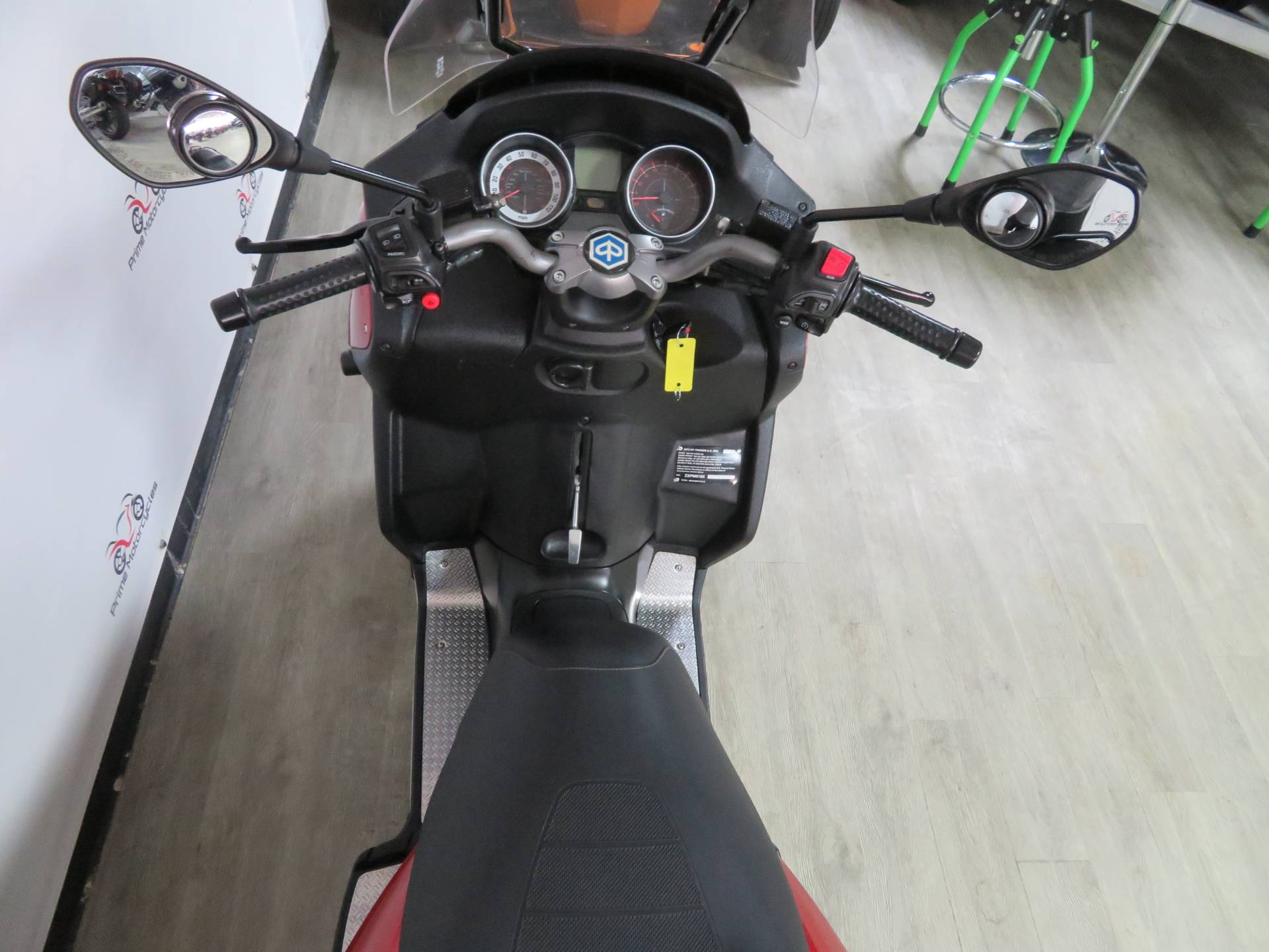 2009 Piaggio MP3 500 in Sanford, Florida - Photo 23