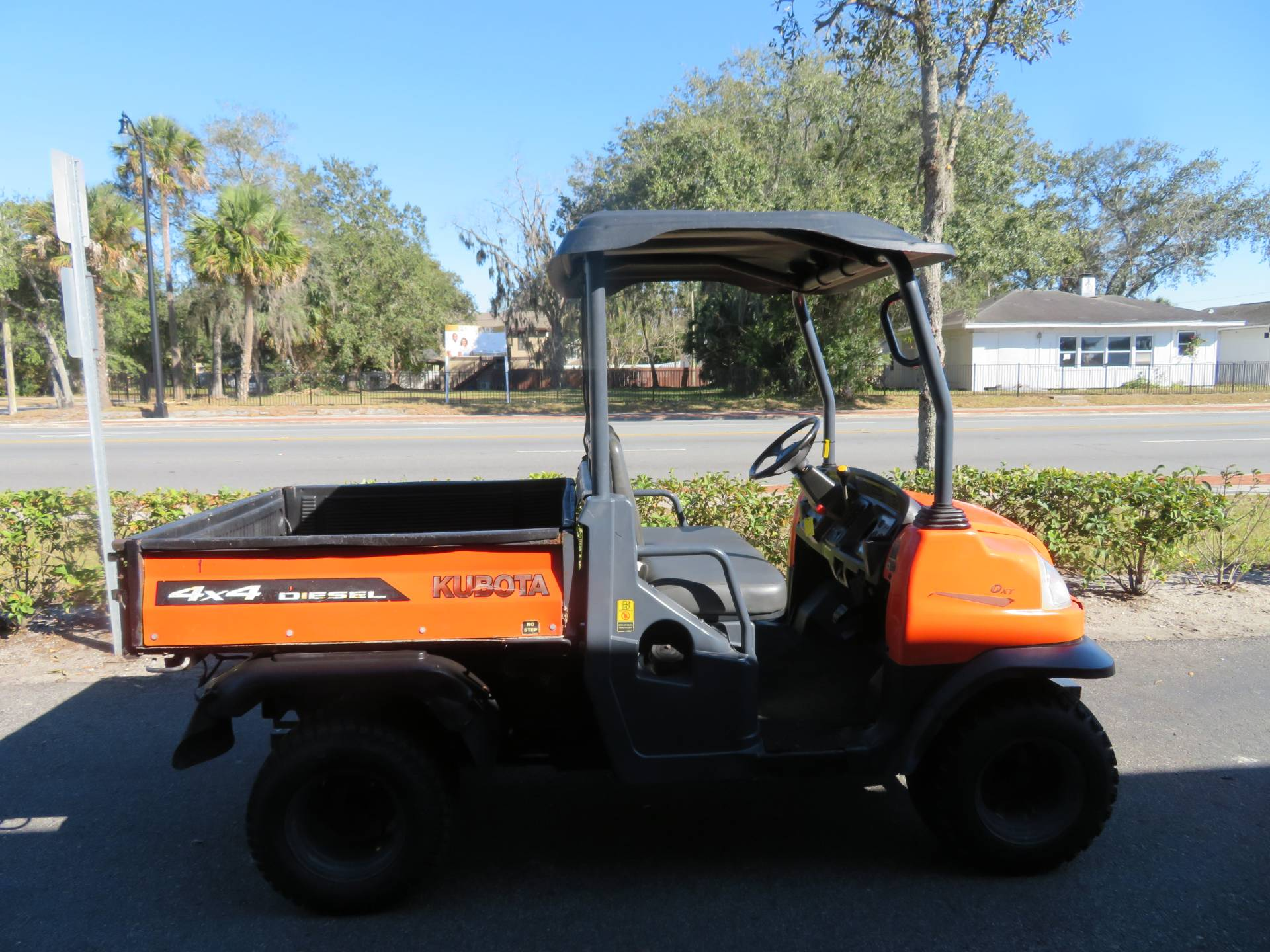 2013 Kubota RTV900XT Utility (Orange) in Sanford, Florida - Photo 1