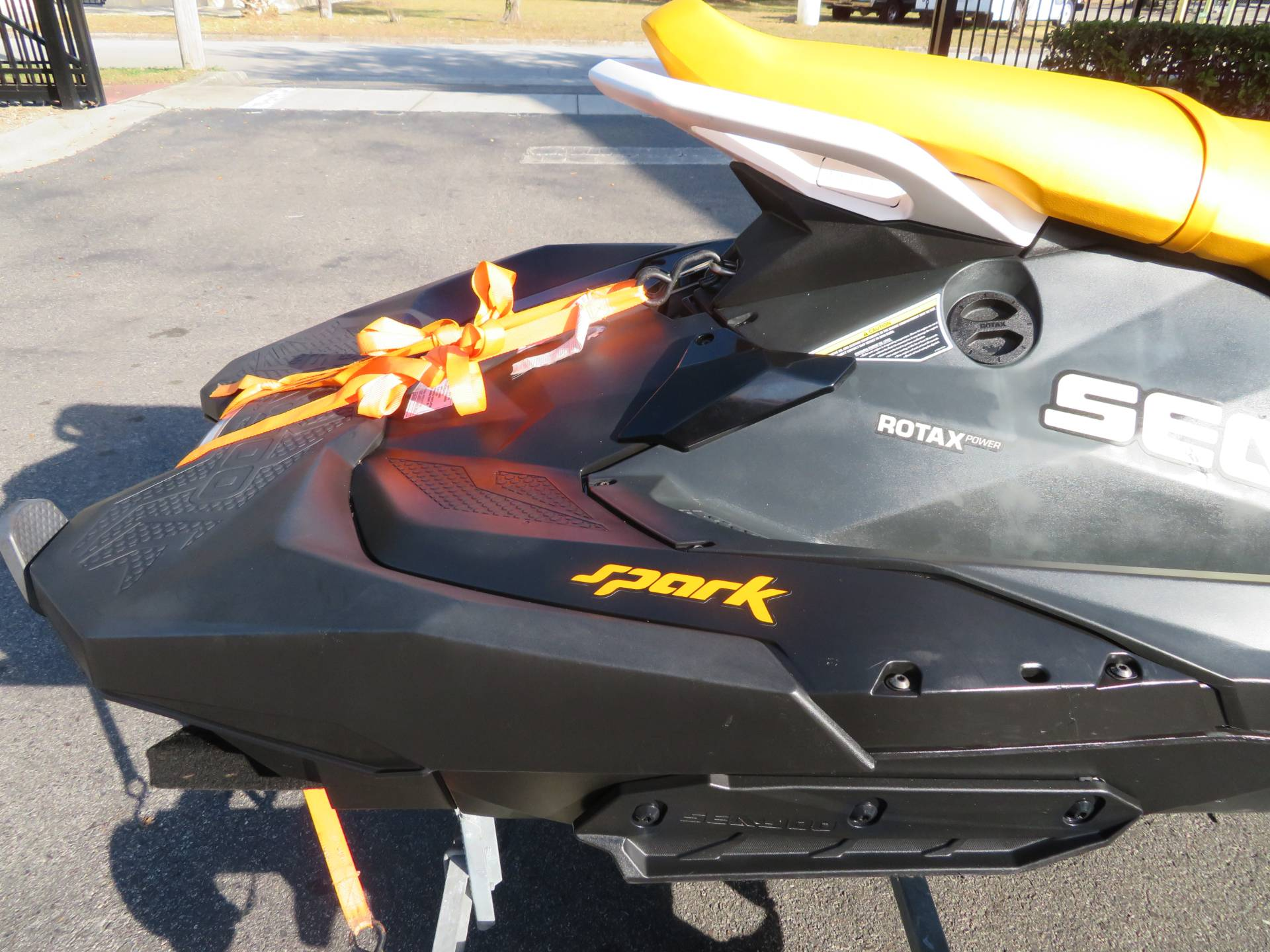 2018 Sea-Doo SPARK 3up 900 H.O. ACE iBR + Convenience Package in Sanford, Florida - Photo 11
