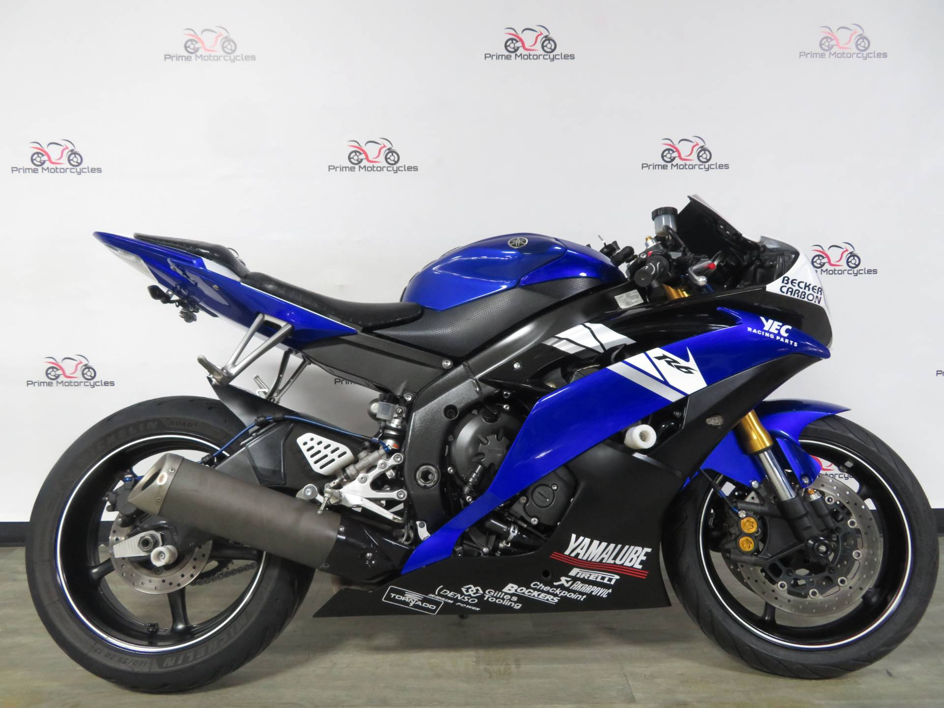 2011 Yamaha YZF-R6 in Sanford, Florida - Photo 7