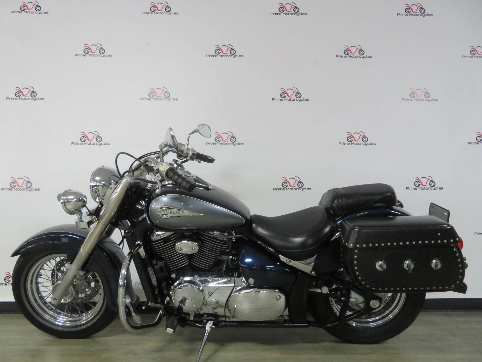 2004 Suzuki Intruder Volusia 800 in Sanford, Florida - Photo 1