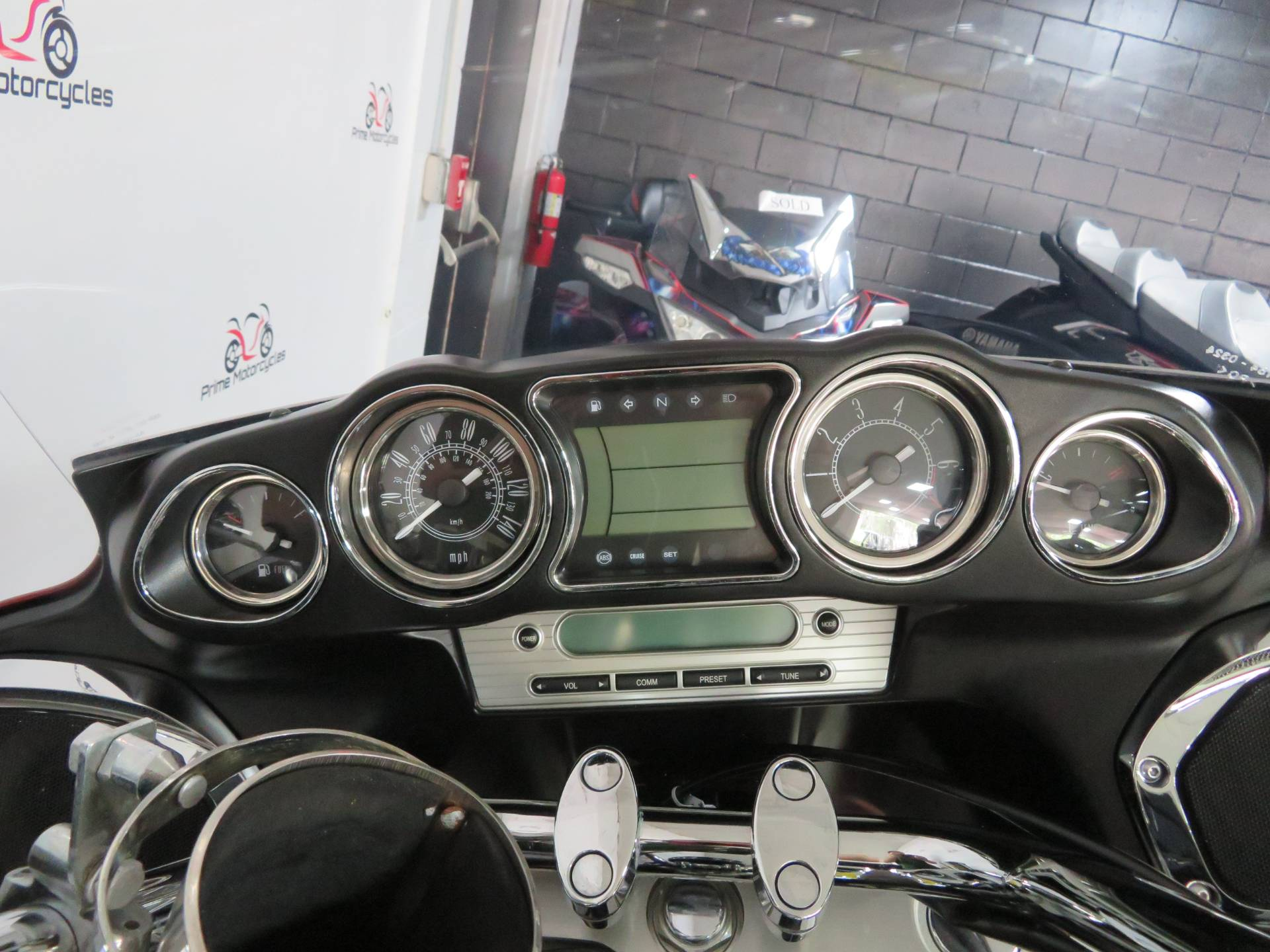 2014 Kawasaki Vulcan® 1700 Voyager® ABS in Sanford, Florida - Photo 28