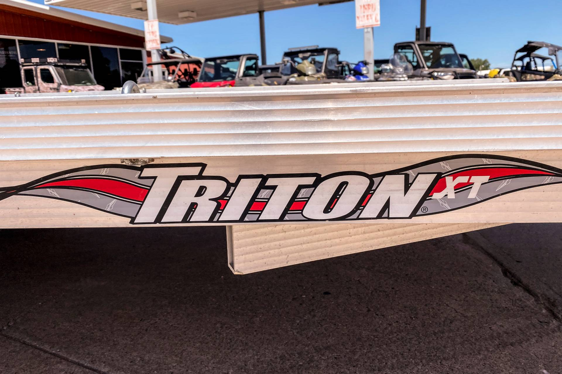 2010 TRITON TRAILERS XT22 in Valentine, Nebraska - Photo 2