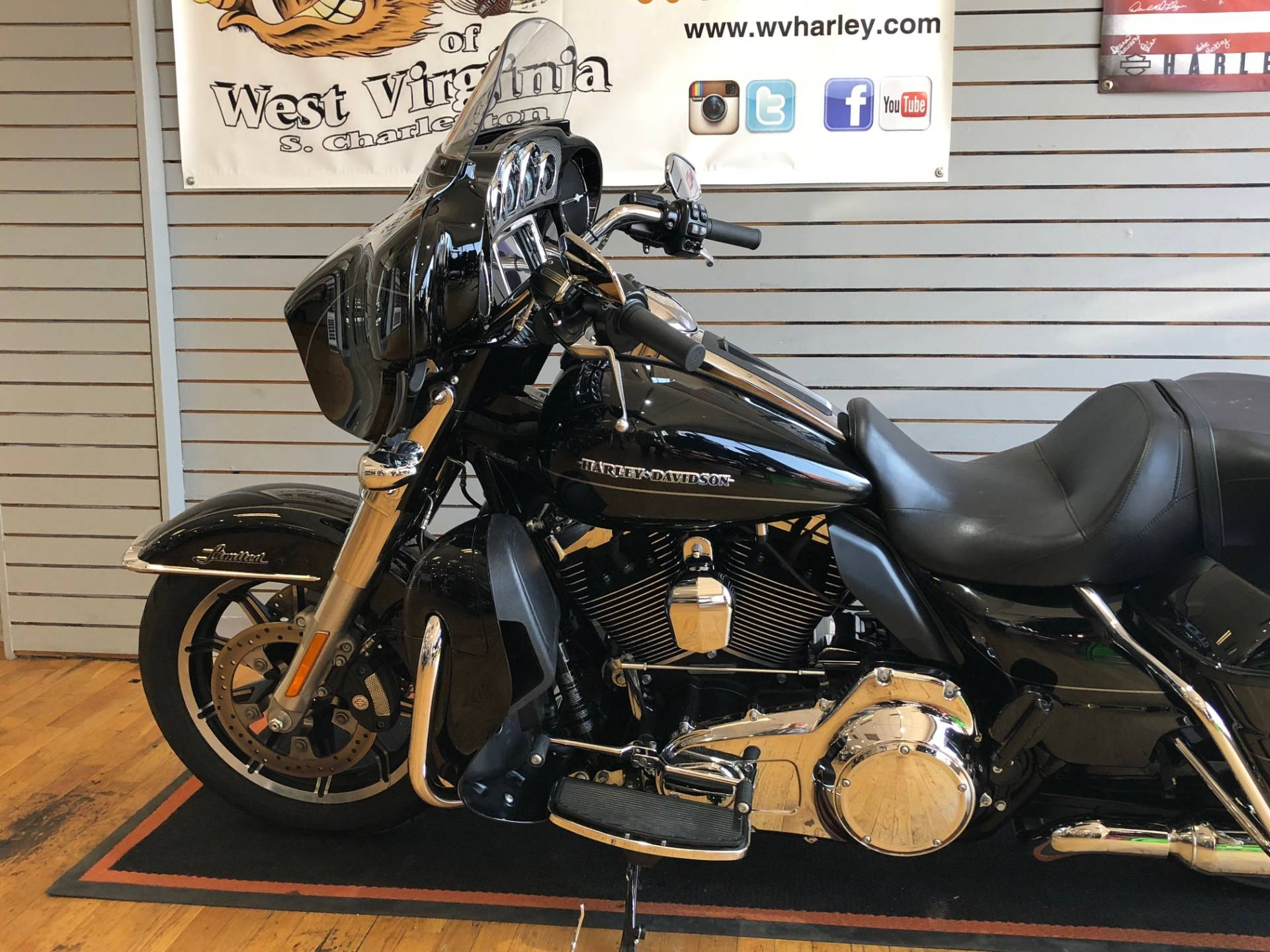 2015 Harley-Davidson Ultra Limited Low in South Charleston, West Virginia - Photo 5