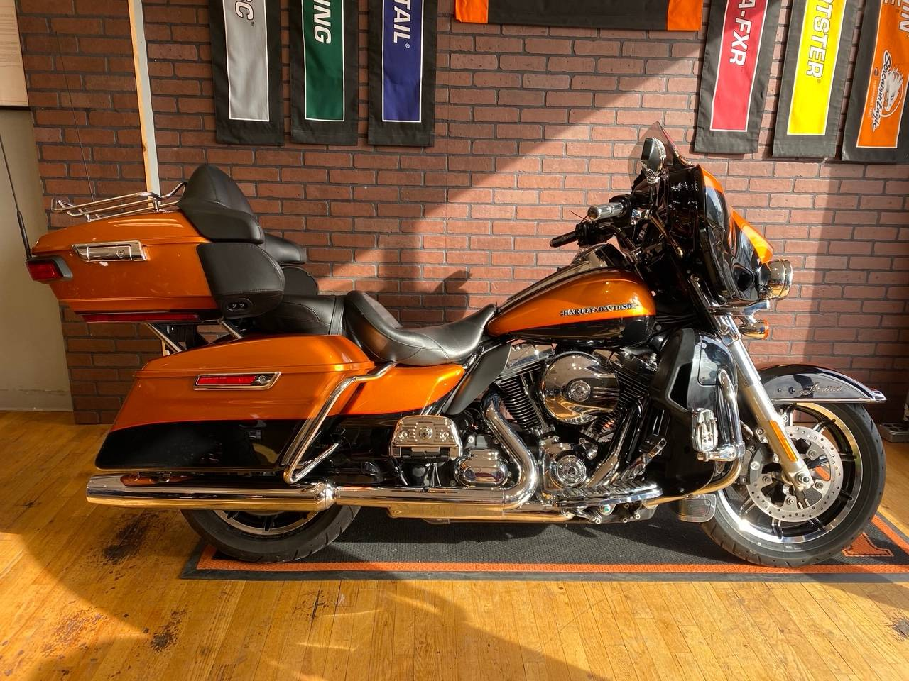 2016 Harley-Davidson Ultra Limited in South Charleston, West Virginia - Photo 1