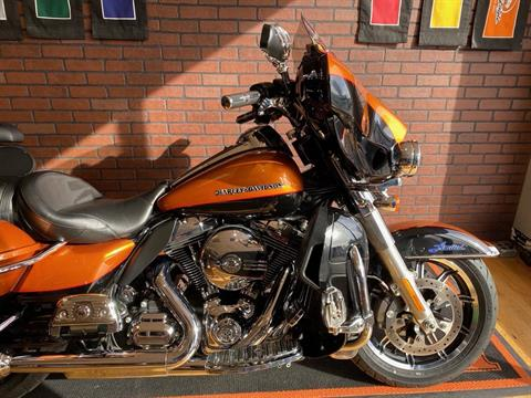2016 Harley-Davidson Ultra Limited in South Charleston, West Virginia - Photo 2