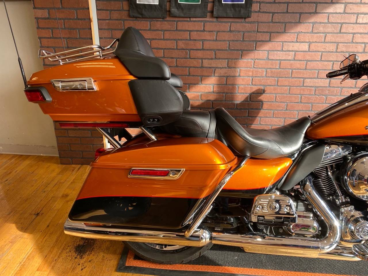 2016 Harley-Davidson Ultra Limited in South Charleston, West Virginia - Photo 3