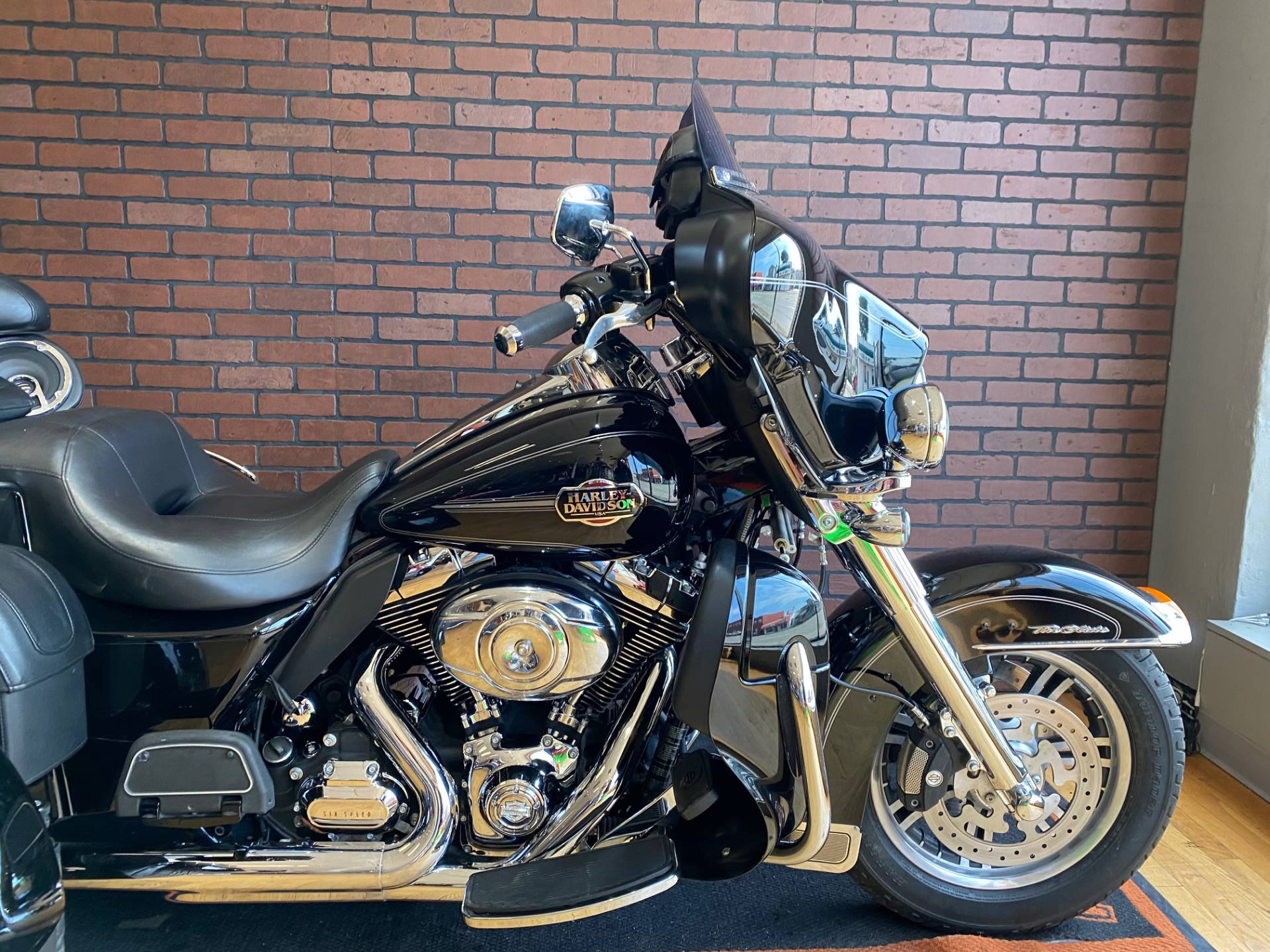2013 Harley-Davidson Tri Glide® Ultra Classic® in South Charleston, West Virginia - Photo 3