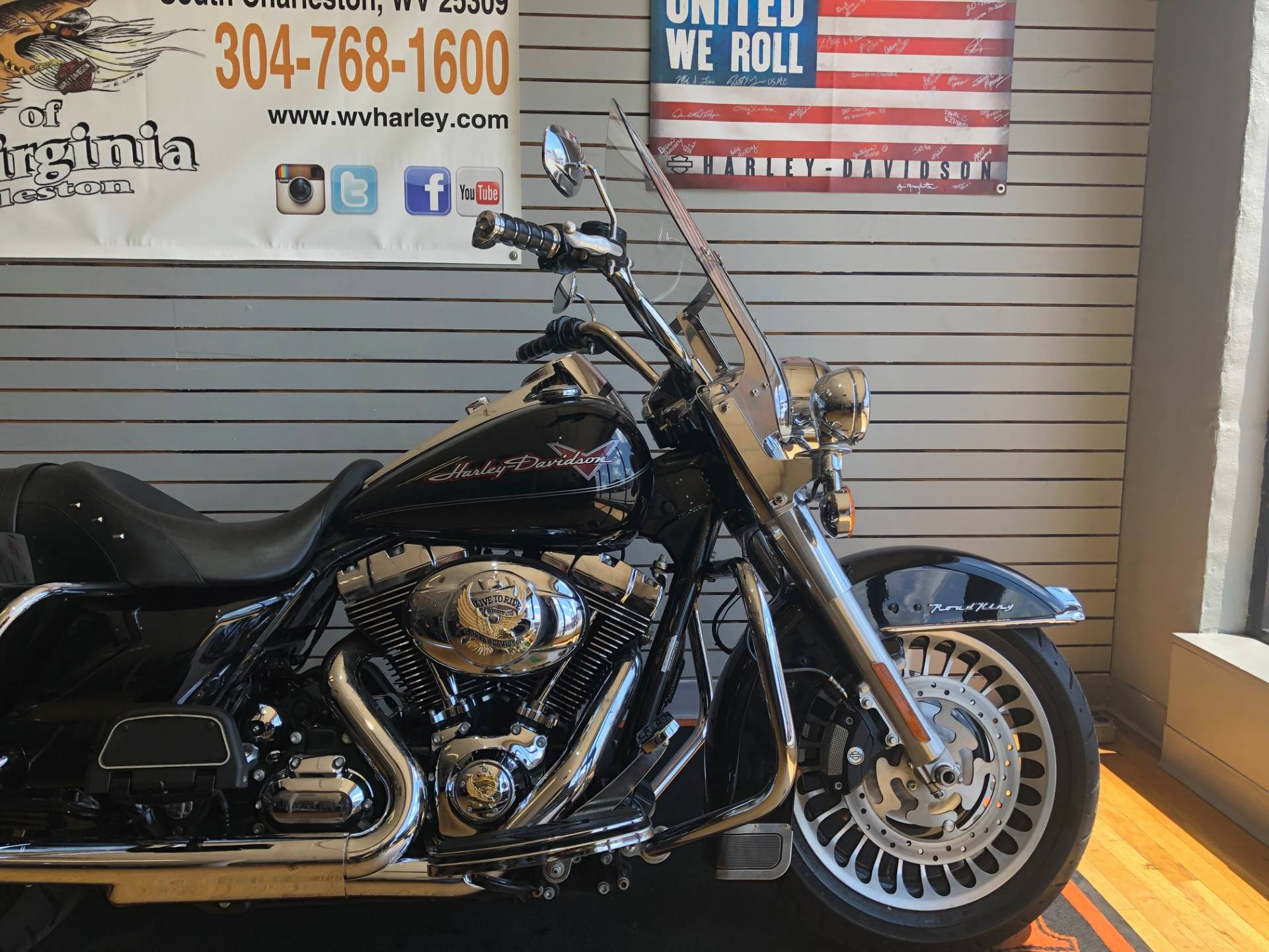 2009 Harley-Davidson Road King® in South Charleston, West Virginia - Photo 2
