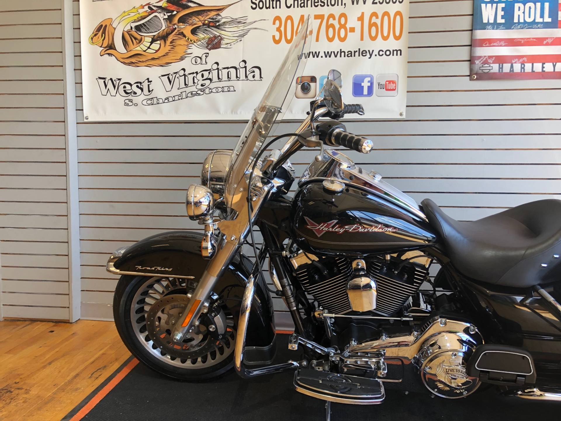 2009 Harley-Davidson Road King® in South Charleston, West Virginia - Photo 5
