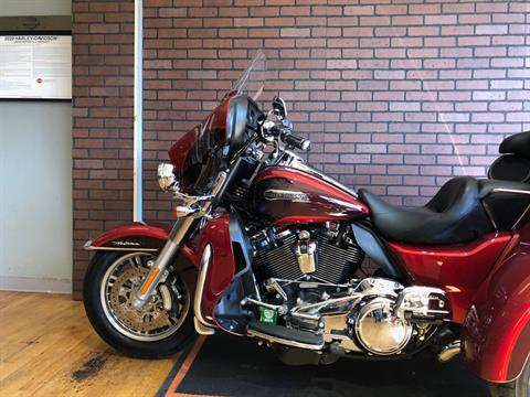 2018 Harley-Davidson Tri Glide® Ultra in South Charleston, West Virginia - Photo 6