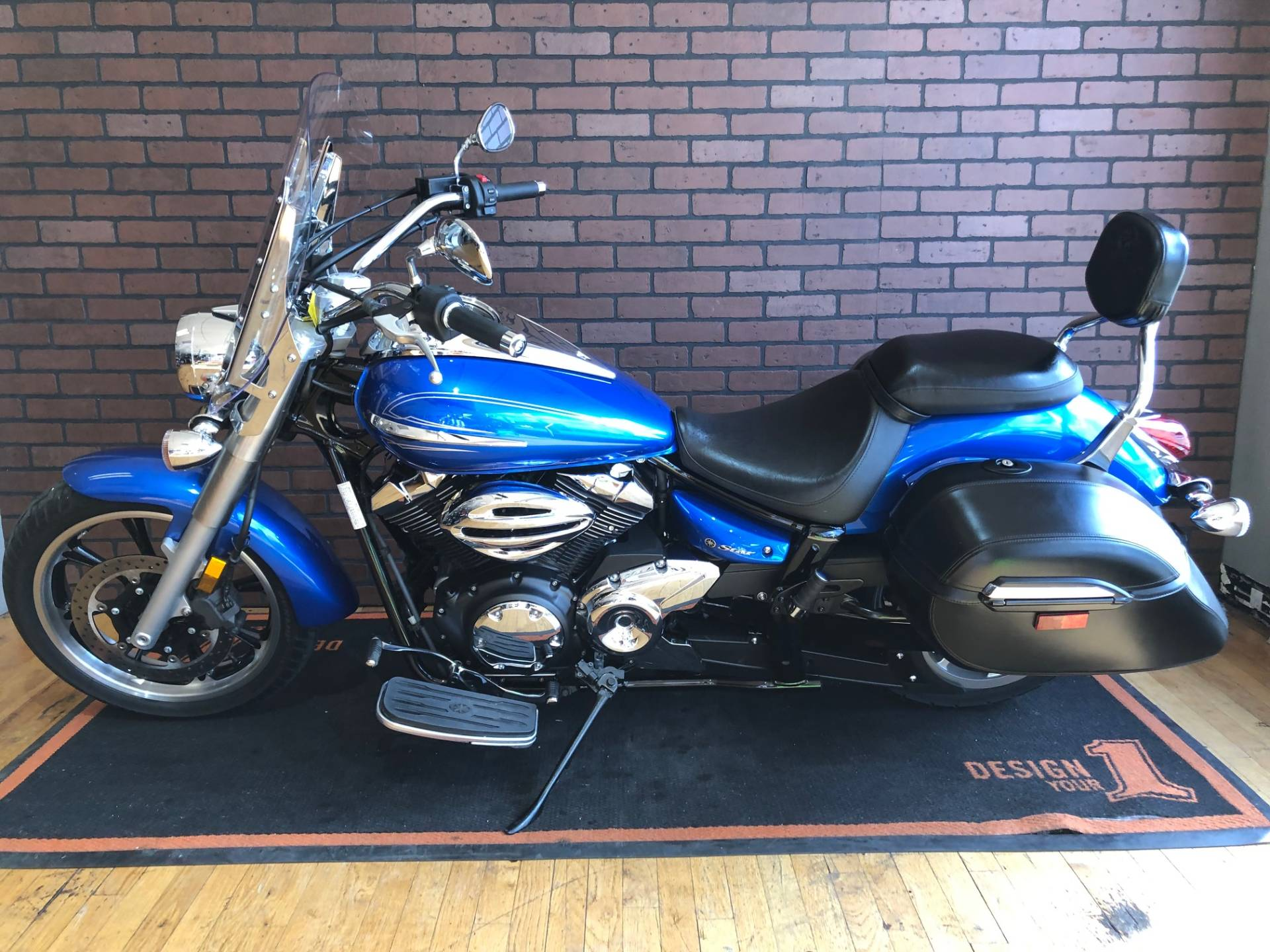 2012 Yamaha V Star 950 Tourer in South Charleston, West Virginia - Photo 4