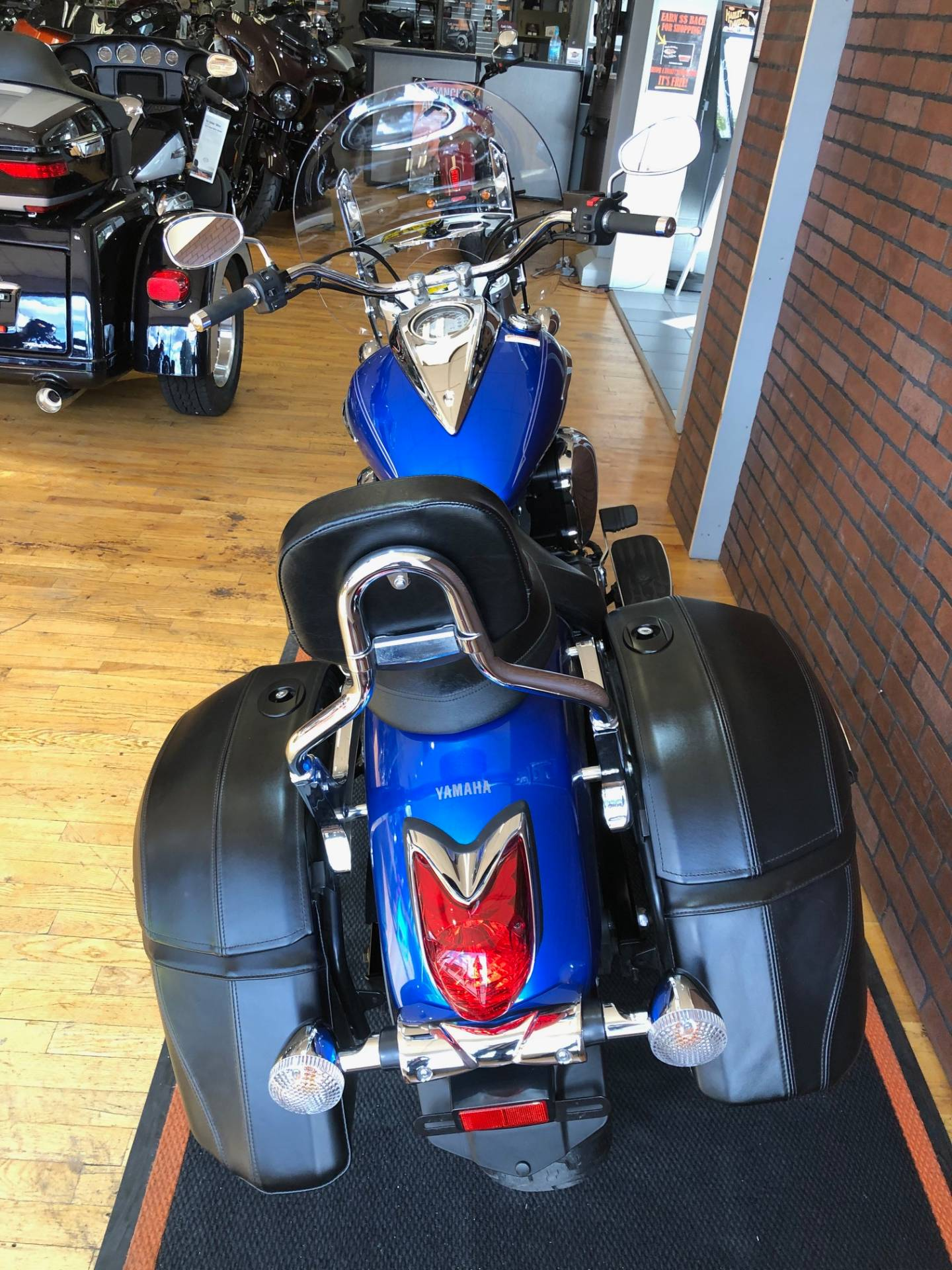 2012 Yamaha V Star 950 Tourer in South Charleston, West Virginia - Photo 8