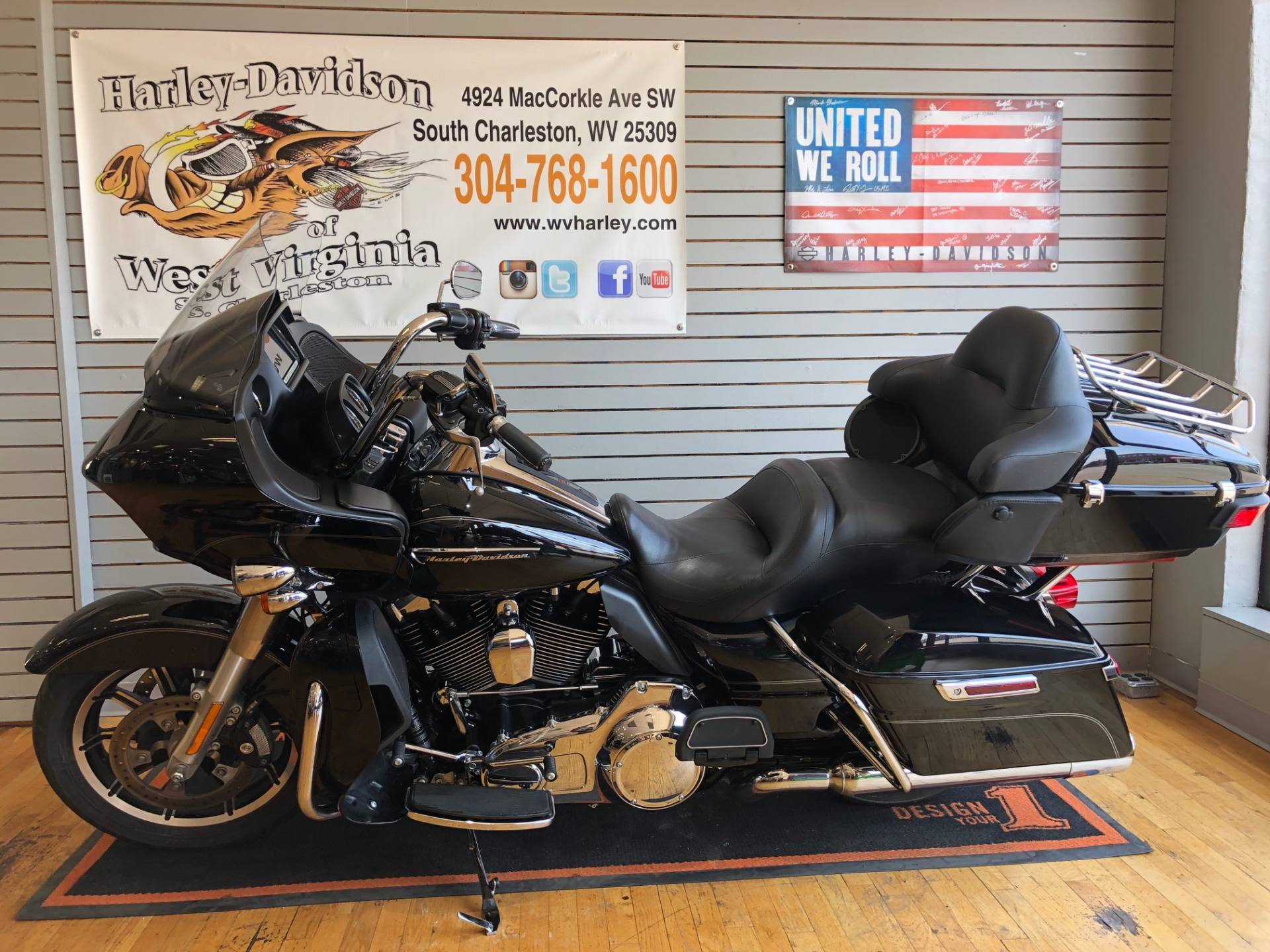 2016 Harley-Davidson Road Glide® Ultra in South Charleston, West Virginia - Photo 4