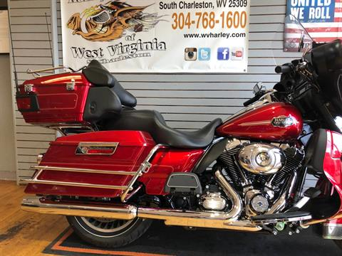2012 Harley-Davidson Ultra Classic® Electra Glide® in South Charleston, West Virginia - Photo 3