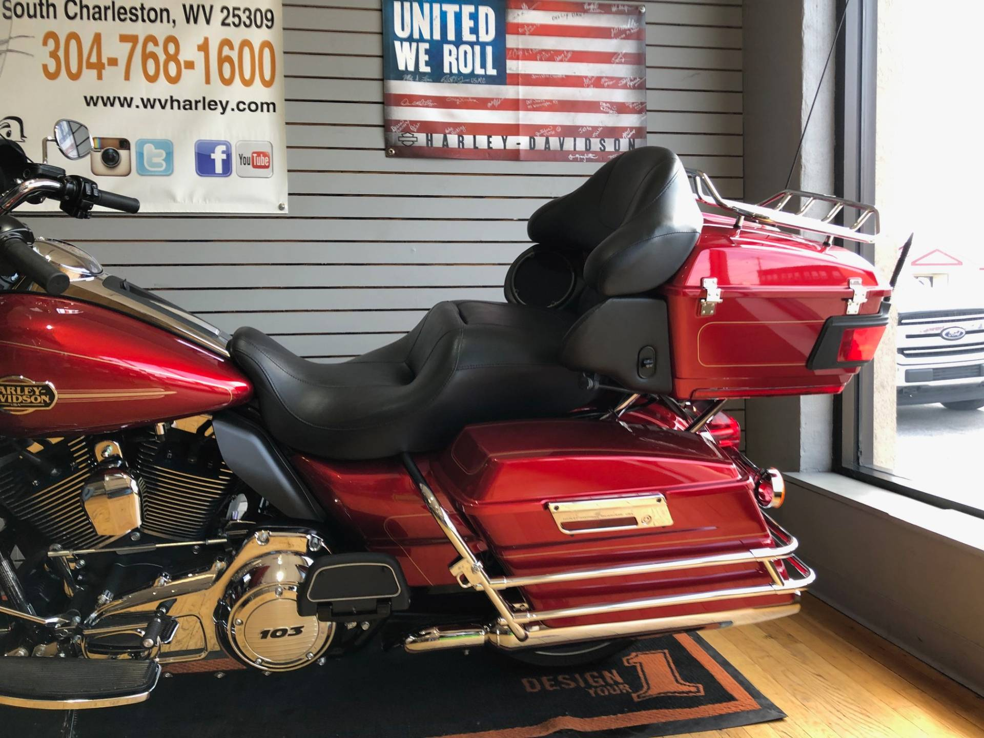2012 Harley-Davidson Ultra Classic® Electra Glide® in South Charleston, West Virginia - Photo 6