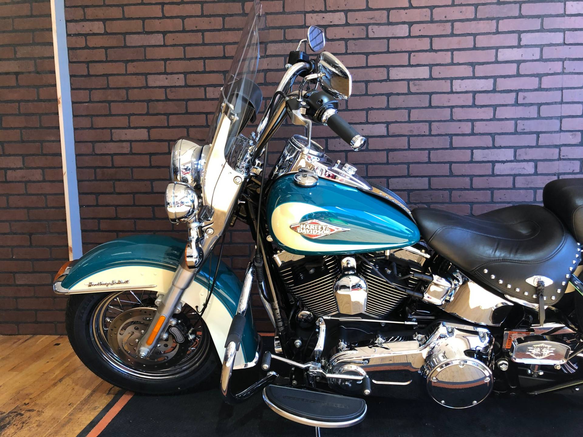 2009 Harley-Davidson Heritage Softail® Classic in South Charleston, West Virginia - Photo 2