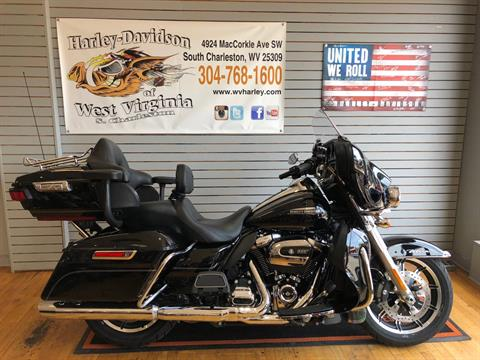 2017 Harley-Davidson Electra Glide® Ultra Classic® in South Charleston, West Virginia - Photo 1