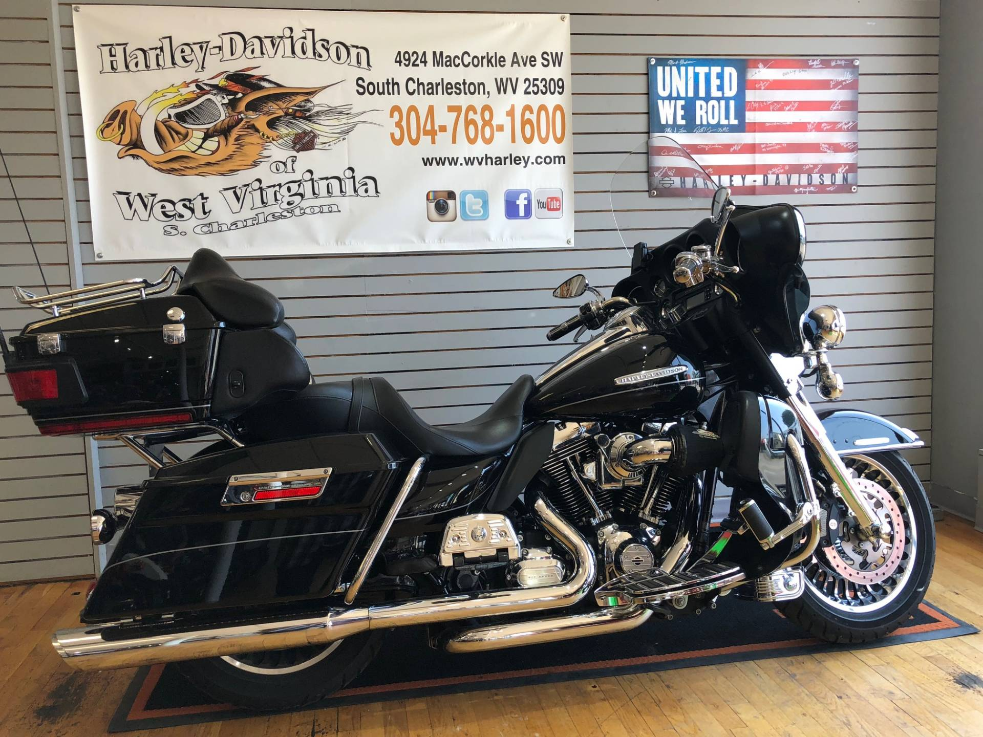 2011 Harley-Davidson Electra Glide® Ultra Limited in South Charleston, West Virginia - Photo 1