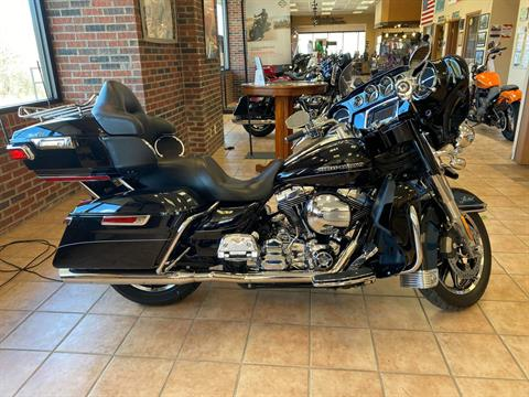 2015 Harley-Davidson Ultra Limited Low in Hico, West Virginia - Photo 1