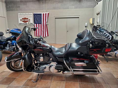 2009 Harley-Davidson Ultra Classic® Electra Glide® in Hico, West Virginia - Photo 2