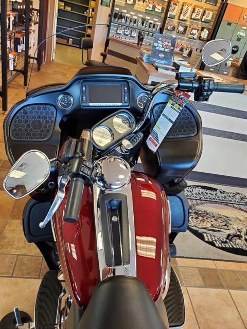 2017 Harley-Davidson Road Glide® Ultra in Hico, West Virginia - Photo 3