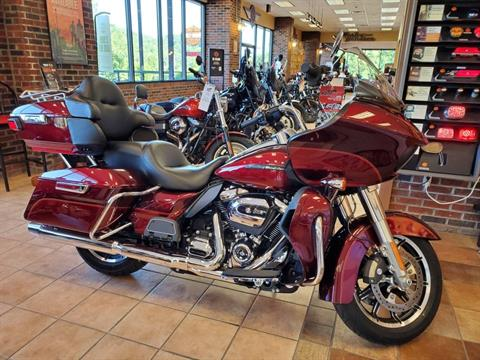 2017 Harley-Davidson Road Glide® Ultra in Hico, West Virginia - Photo 1