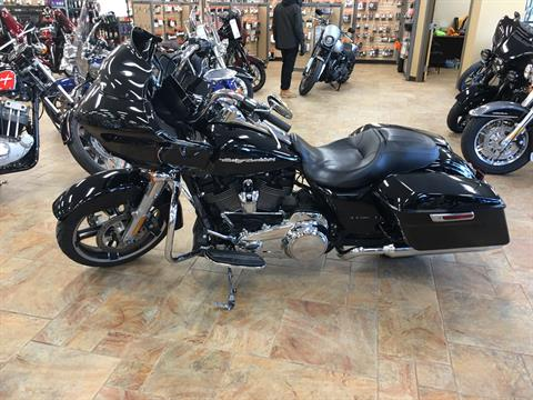 2017 Harley-Davidson FLTRXS in Cincinnati, Ohio - Photo 3