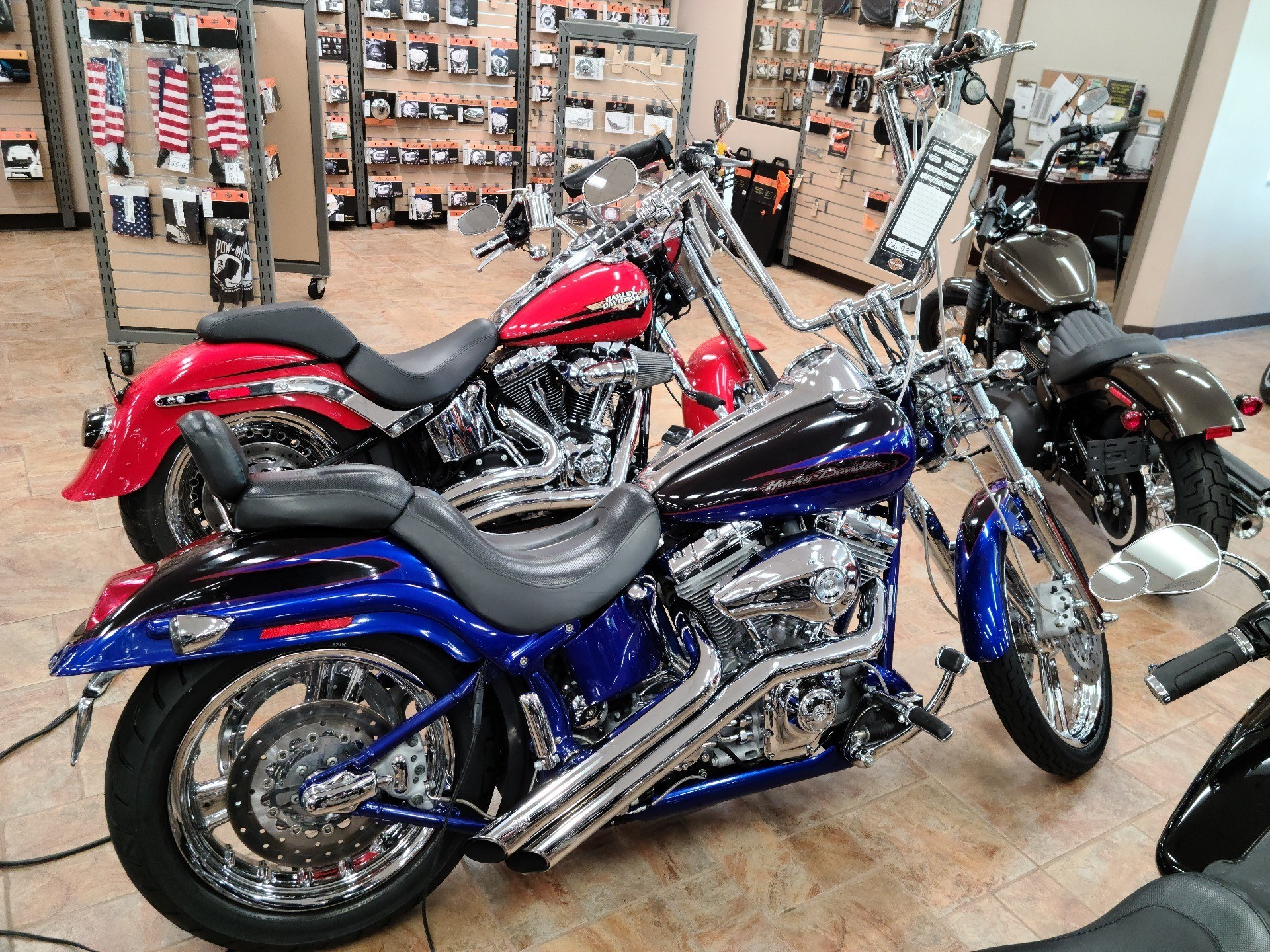 Used 2004 Harley Davidson Fxstdse Screamin Eagle Softail Deuce Two Tone Candy Cobalt And Starlight Black Motorcycles In Cincinnati Oh U071520npa22