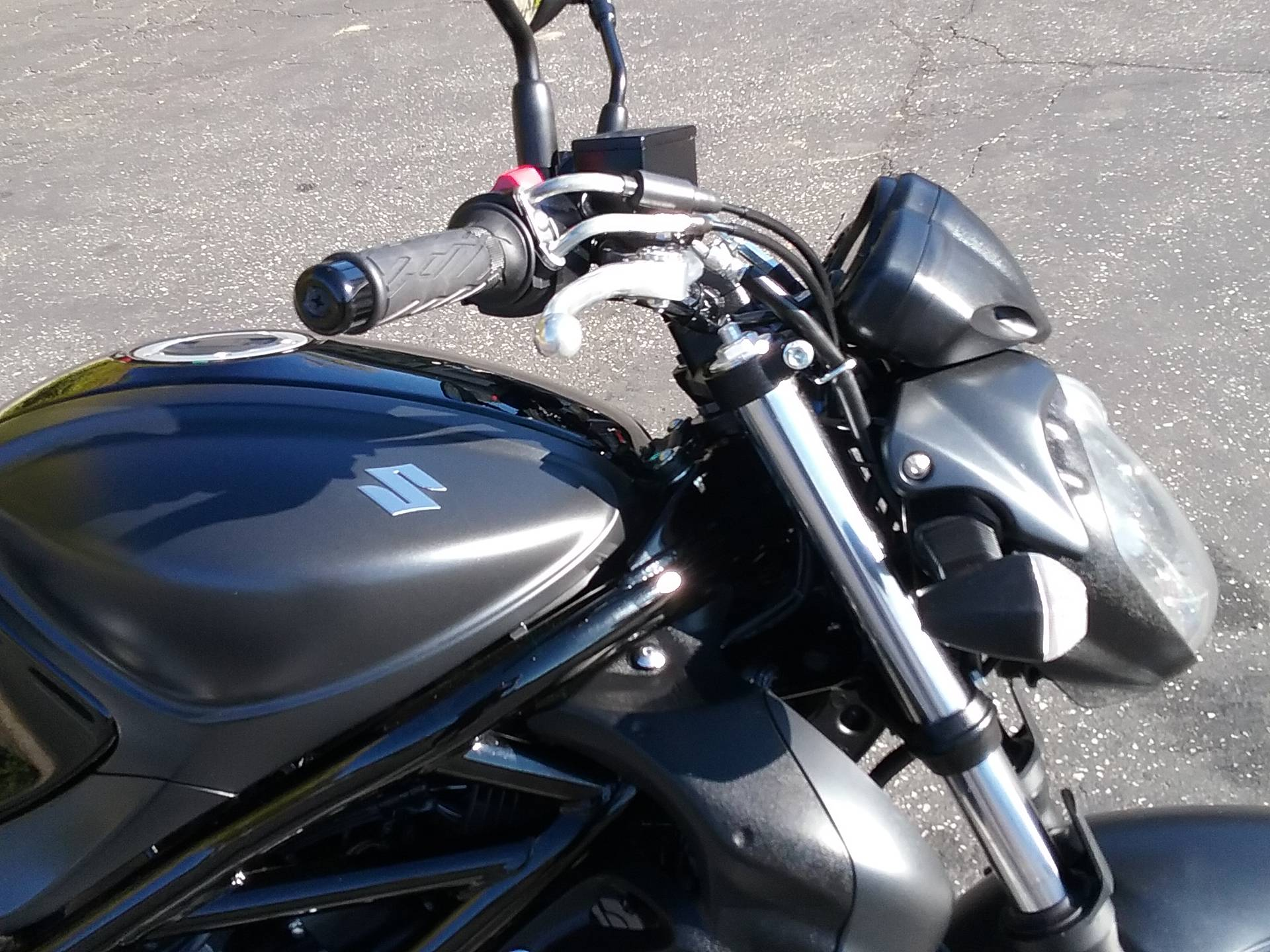 2013 Suzuki SFV650 in Grass Valley, California - Photo 8