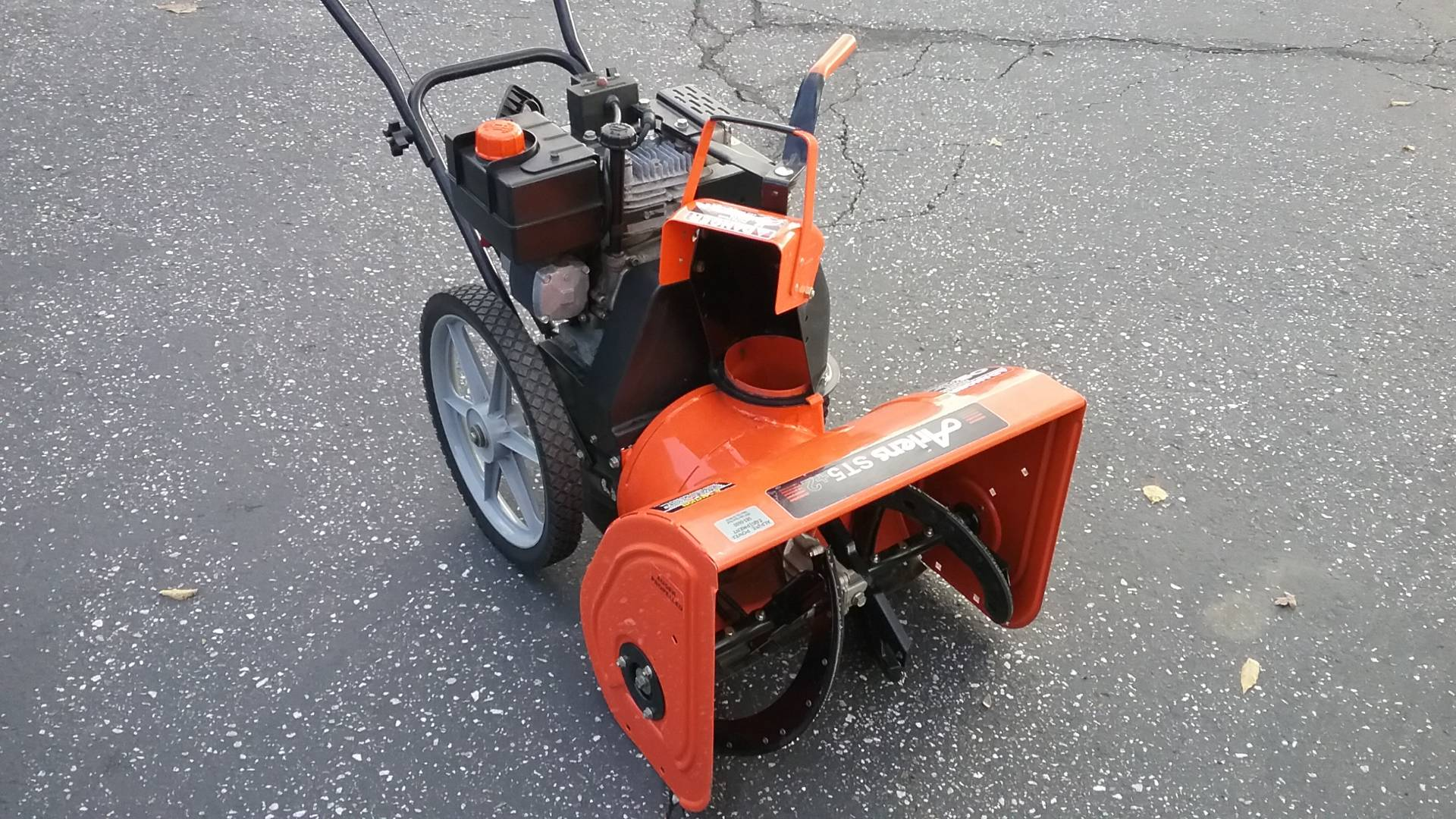 2016 Ariens ST5+2 in Grass Valley, California