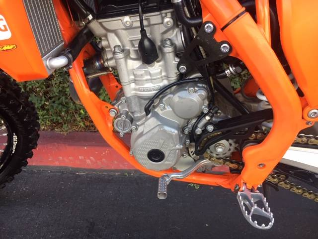2016 KTM 250 SX-F Factory Edition in Costa Mesa, California - Photo 6