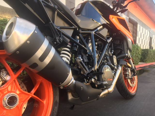 2019 KTM 1290 Super Duke R in Costa Mesa, California - Photo 3
