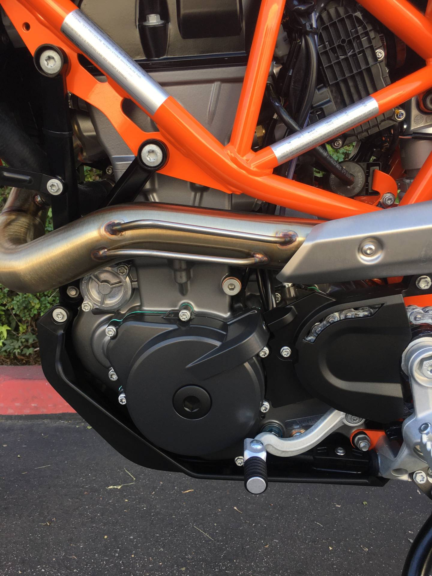 2020 KTM 690 Enduro R in Costa Mesa, California - Photo 6