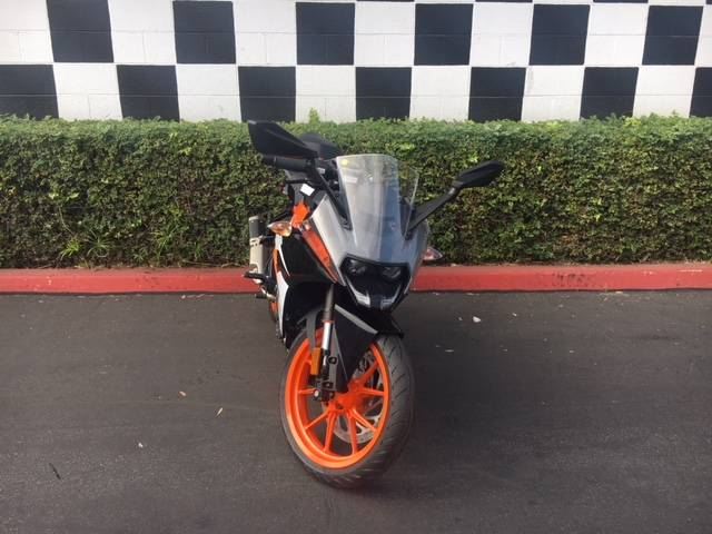 2019 KTM RC 390 in Costa Mesa, California - Photo 3