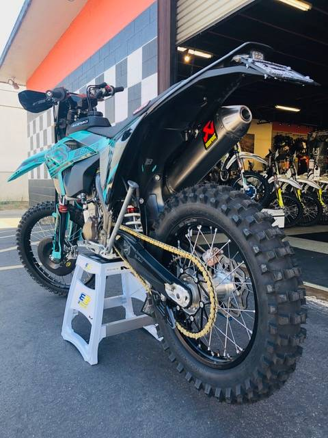2019 Husqvarna FE 501 - 3BROS EDITION in Costa Mesa, California - Photo 4