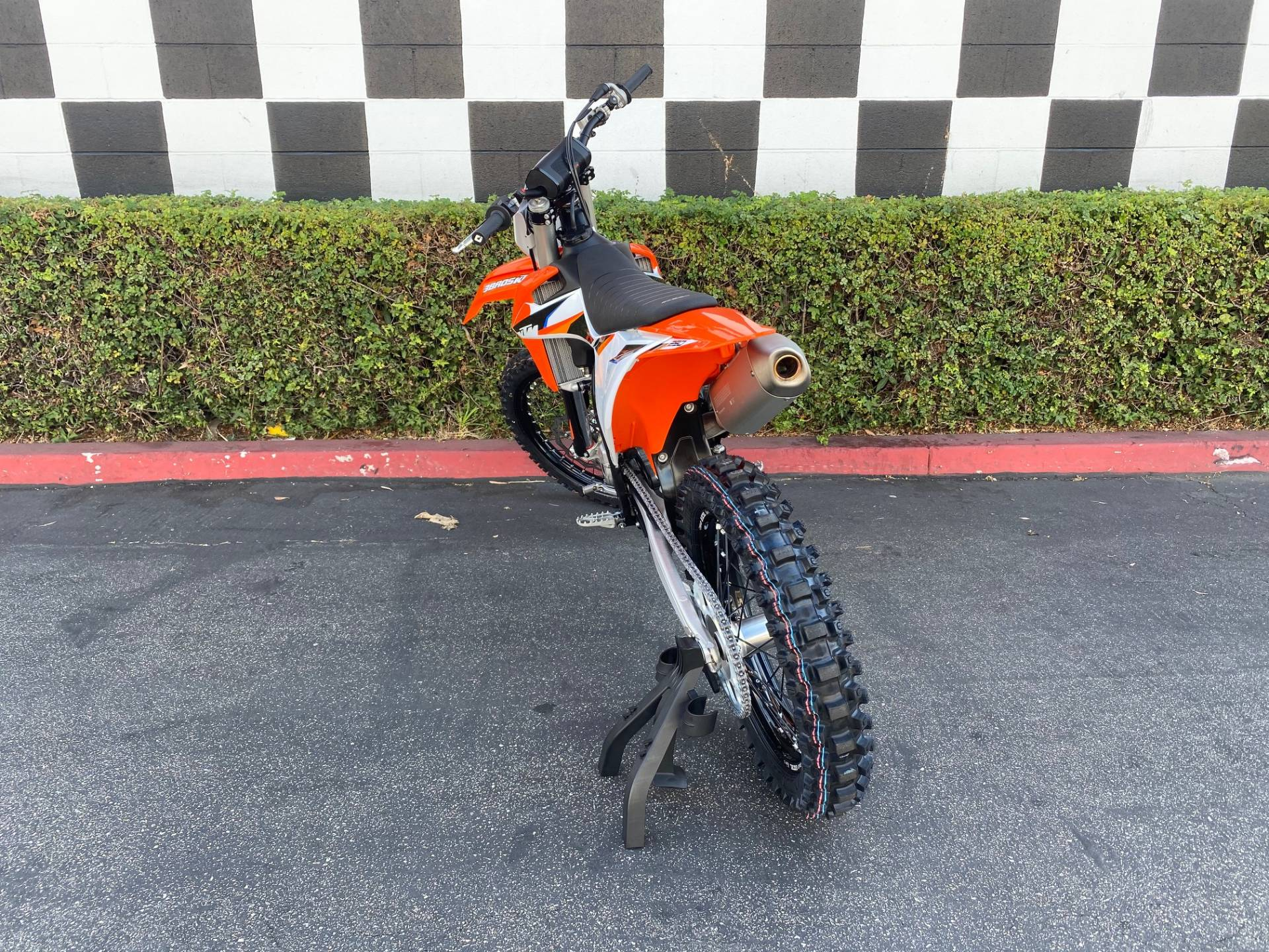 2021 KTM 250 SX-F in Costa Mesa, California - Photo 4