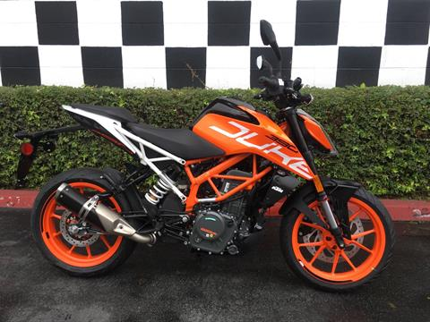 2020 KTM 390 Duke in Costa Mesa, California