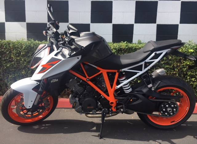 2018 KTM 1290 Super Duke R in Costa Mesa, California