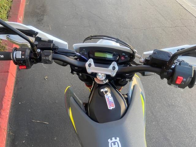 2021 Husqvarna 701 Supermoto in Costa Mesa, California - Photo 7