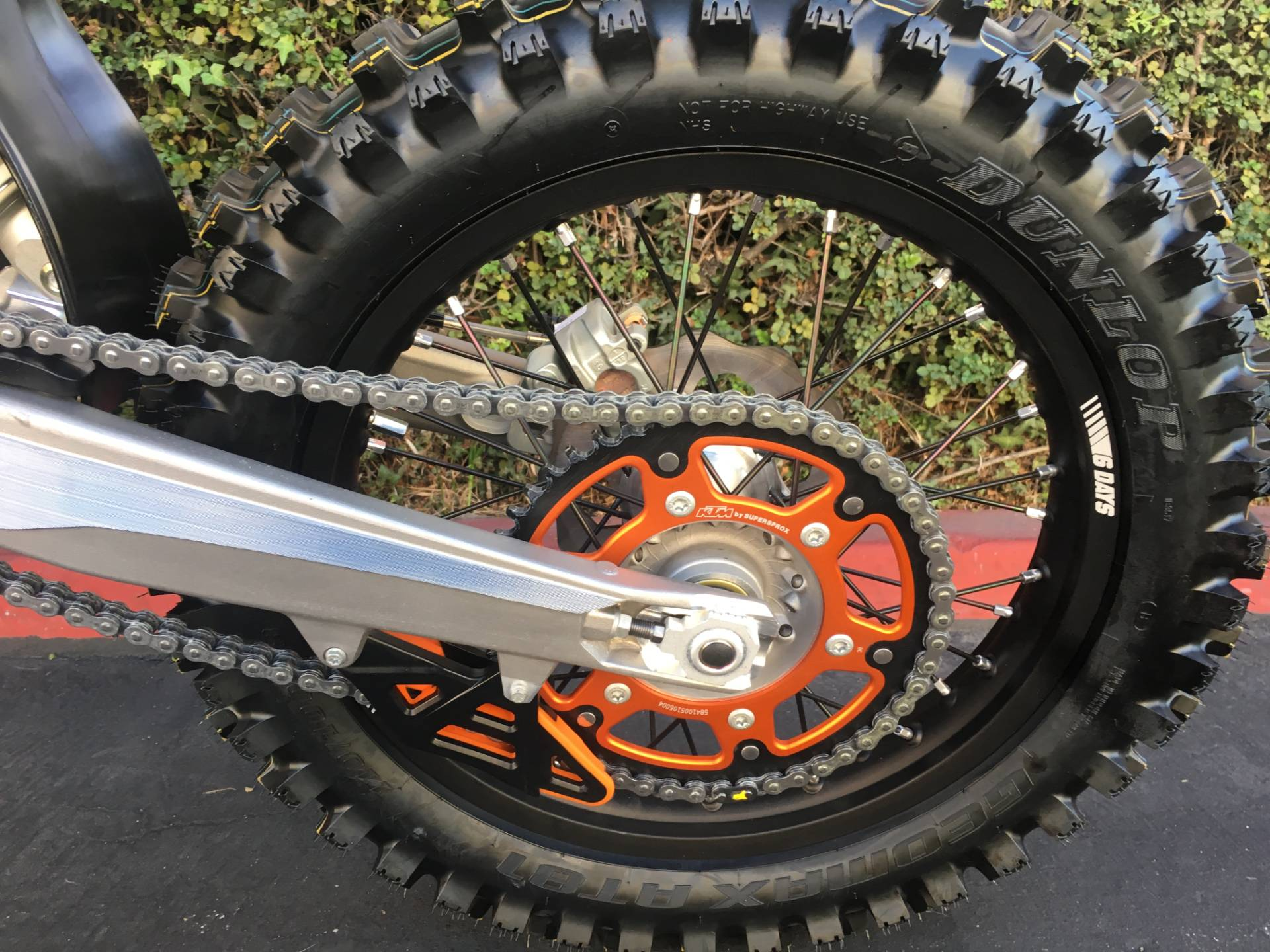 2019 KTM 300 XC-W TPI Six Days in Costa Mesa, California - Photo 7