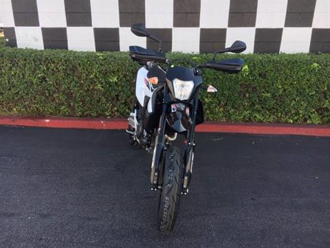 2020 KTM 690 SMC R in Costa Mesa, California - Photo 9